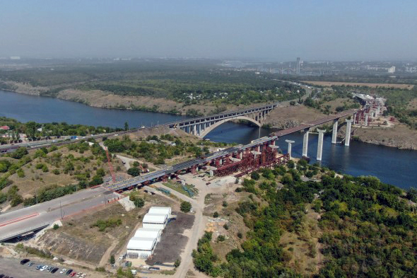 будівництво мостів Запоріжжя